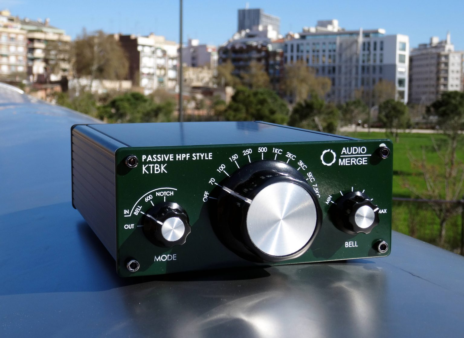 Th eKing TUbby Big Knob unit, a replica of Altec 9069B in the park. We launch a crowdfunding campaing soon. subscribe to our newletter to be the first to know.